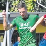 Eines der letzten Spiele in Bad Salzschlirf: Im vergangenen Sommer bestritt die Spielgemeinschaft ein Testspiel gegen den Mitte-Kreisoberligisten Haimbacher SV (0:3).  Foto: Zinn