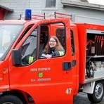 Die Leidenschaft für die Feuerwehr hat Anna Katharina Heck von der Freiwilligen Feuerwehr in Gladenbach-Runzhausen bereits mit vier Jahren für sich entdeckt. Foto: Peter Piplies