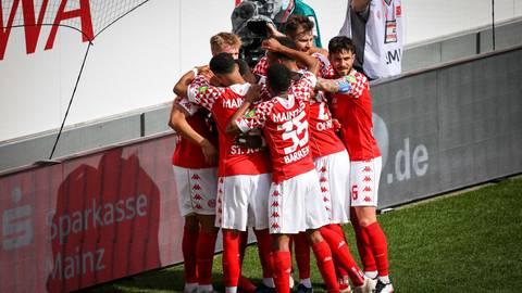 Ein Sieg der Mentalität? Den Erfolg von Mainz 05 gegen Bayern drauf zu reduzieren, würde der Leistung nicht gerecht, meint Coach Bo Svensson. Foto: Lukas Görlach