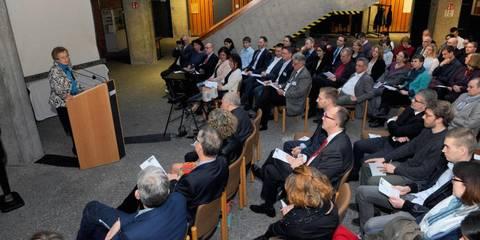 Zehn Jahre Online Abi Mainzer Ketteler Schule Zieht Bilanz