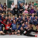 Die Handballerinnen des TSV Birkenau haben im Nachsitzen die Dritte Liga Süd gehalten. 40 Fans der Odenwälderinnen hatten die Mannschaft am Samstag nach Recklinghausen begleitet.Foto: Armin Etzel  Foto: Armin Etzel