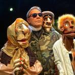 """Neville Tranter begleitet mit seinem """"Stuffed Puppet Theatre"""" das Festival in Mainz schon seit vielen Jahren. Dieses Mal entführen die Puppen den Zuschauer nach Nordafrika. Foto: Neville Tranter"""