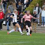 In der zurückliegenden Saison scheiterte TuS Wörrstadt (rechts Laura Kohl) in Weinheim in der ersten DFB-Pokalrunde am ambitionierten FFV Göttelborn. Archivfoto: BK/Axel Schmitz