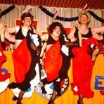 """1993 war es noch das """"Männerballett"""", das für die Kolpingsfamilie Biebrich auf der Bühne stand. Foto: Biebricher Waden"""