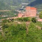 Die Burg Trifels thront auf dem Sonnenberg. Foto: GDKE Rheinland-Pfalz