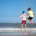 Die Osterferien stehen vor der Tür - für viele die Hoffnung auf Urlaub. Foto: dpa