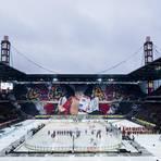 Am 12. Januar 2019 sehen 47 011 Zuschauer das vierte DEL Winter Game im Kölner Fußballstadion, das am 9. Januar 2021 erneut Austragungsort des Open-Air-Spektakels sein wird. Foto: dpa