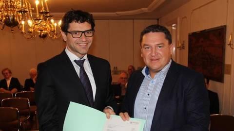 Da war die Welt noch in Ordnung: Salvatore Barbaro (links) und Marcus Held im Februar 2017. Archivfoto: Christopher Mühleck