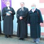 Pfarrer Ekkehard Landig, Pfarrer Andreas Rose, Dekan Norbert Heide, Propst Matthias Schmidt, Pfarrer Rolf Schmidt und Präses Elke Sézanne (v.l.). Foto: Stender