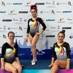 Das deutsche Trampolin-Damenteam mit der Bad Kreuznacherin Silva Müller (Mitte) bei der EM in Sotschi.  Foto: Privat