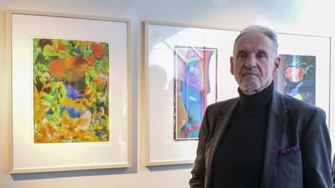 Einer von diversen Künstlern, die mit markanter Handschrift Spuren hinterlassen haben in der neuen Galerie: Holografie-Künstler Michael Bleyenberg. Am Wochenende ist Finissage. Archivfoto: hbz/Sämmer