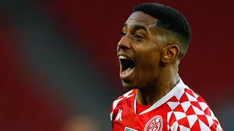 Der Mainzer Leandro Barreiro bejubelt sein Tor zum 2:3 gegen den 1. FC Köln. Foto: dpa