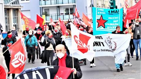 Hoch die Gewerkschaftsfahnen zum Tag der Arbeit, dem 1. Mai! Foto: Rüdiger Schäfer