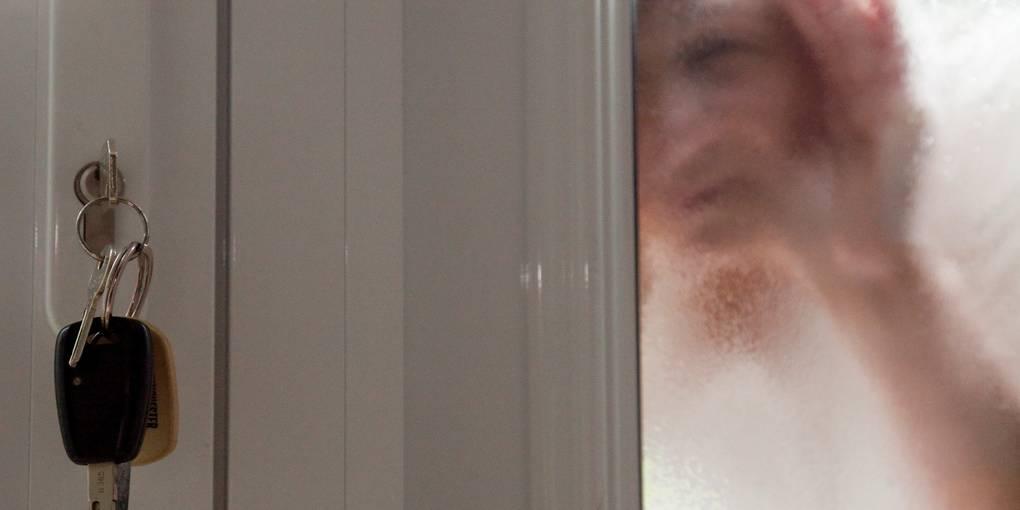 Ausgesperrt und ausgenommen: Betrug an der Haustür