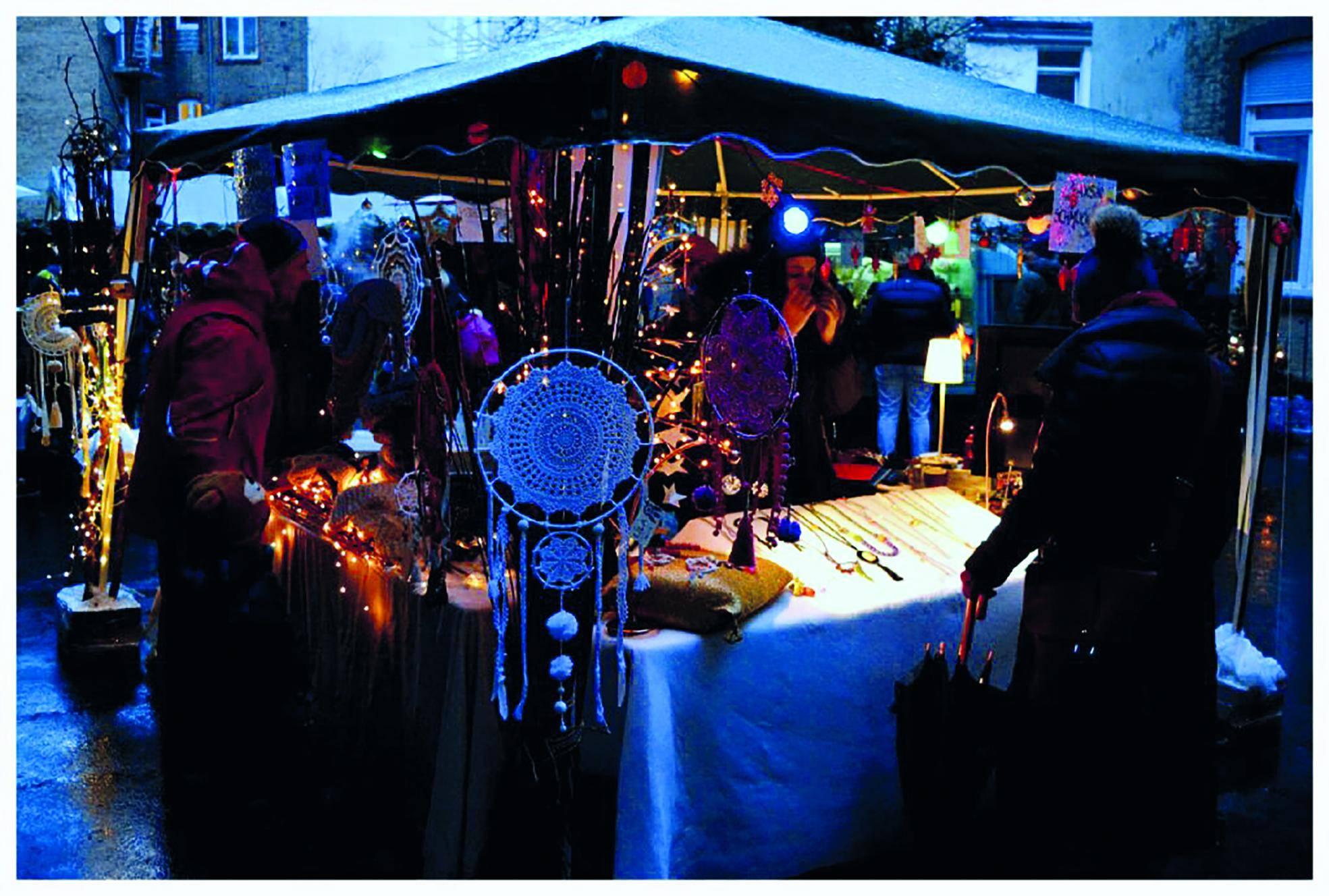 Weihnachtsmarkt Im Hinterhof Des Zietenrings 6