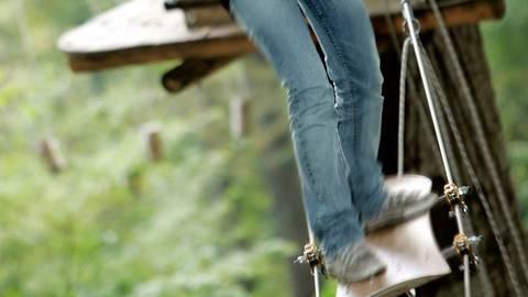 Auf der Snowboardrutsche ist Geschicklichkeit gefragt. Foto: FunForest GmbH