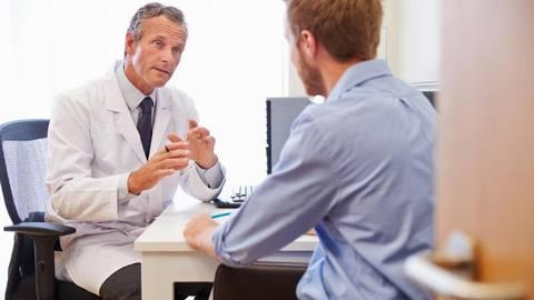 Eigentlich müssen Ärzte ihre Patienten informieren, wenn eine Behandlung nicht von der Kasse getragen wird.Foto: Monkey Business - Fotolia   Foto: Monkey Business - Fotolia