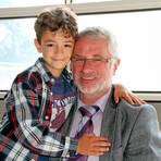 Zum damals achtjährigen syrischen Flüchtlingsjungen Samy hält Friedhelm Block noch immer Kontakt.  Foto: Gross