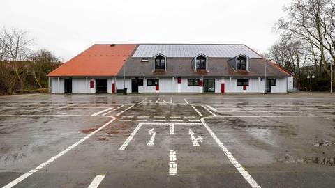 Für 3,3 Millionen Euro ist die Ebersheimer Töngeshalle saniert worden und steht den Bürgern als Veranstaltungs- und Sporthalle zur Verfügung. Foto: Harald Kaster