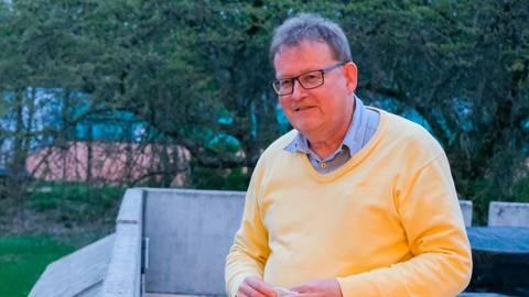 Ist für Erhalt und Attraktivitätssteigerung des Freibads in Kleinlinden: Ortsvorsteher Dr. Klaus-Dieter Greilich. Foto: Jung