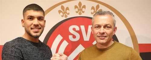 SVWW-Neuzugang Gökhan Gül mit SVWW-Sportdirektor Christian Hock. Foto: SVWW