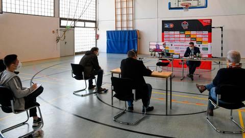 """Ein """"Zukunftspapier"""", um Vergangenes nachzuholen: Die Gießen 46ers suchen nach Lösungen der Misere. Foto: Michael Schepp"""