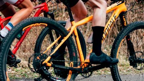 Radeln, Nichtradeln, Virtuellradeln: Der Corona-Lockdown ist auch für den Radsport eine große Herausforderung. Foto: Schlesinger