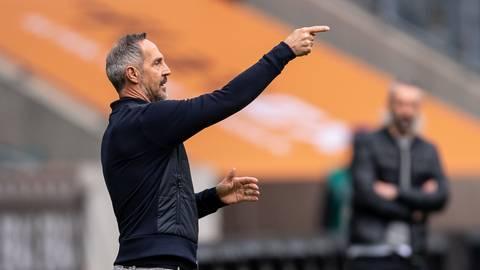 Noch-Eintracht-Trainer Adi Hütter, hier beim Spiel gegen Borussia Mönchengladbach.  Foto: dpa/ Marius Becker