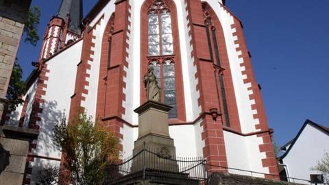 Als Pfarrer Thomas Harsch zum ersten Mal die evangelische Kirche in Armsheim sah, wusste er sofort, dass er dort predigen will. Archivfoto: photoagenten/Axel Schmitz