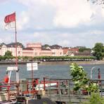 Von der Rettbergsaue aus sieht man das Biebricher Schloss in seiner ganzen Pracht. Foto: Bastian Thüne