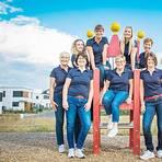 """Die Mannschaft und ihre Kapitänin: Danny Müller (sitzend, 4. von links) und ihre """"Verschreibungspflichtigen Frauen"""" sind ein tolles Team. Foto: Bernd Hannen"""