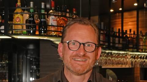Hoteldirektor Andreas Kellerer freut sich schon darauf, das Land- und Golfhotel bald wieder mit einem zuverlässigen Hygienekonzept öffnen zu dürfen. Foto: Norbert Krupp