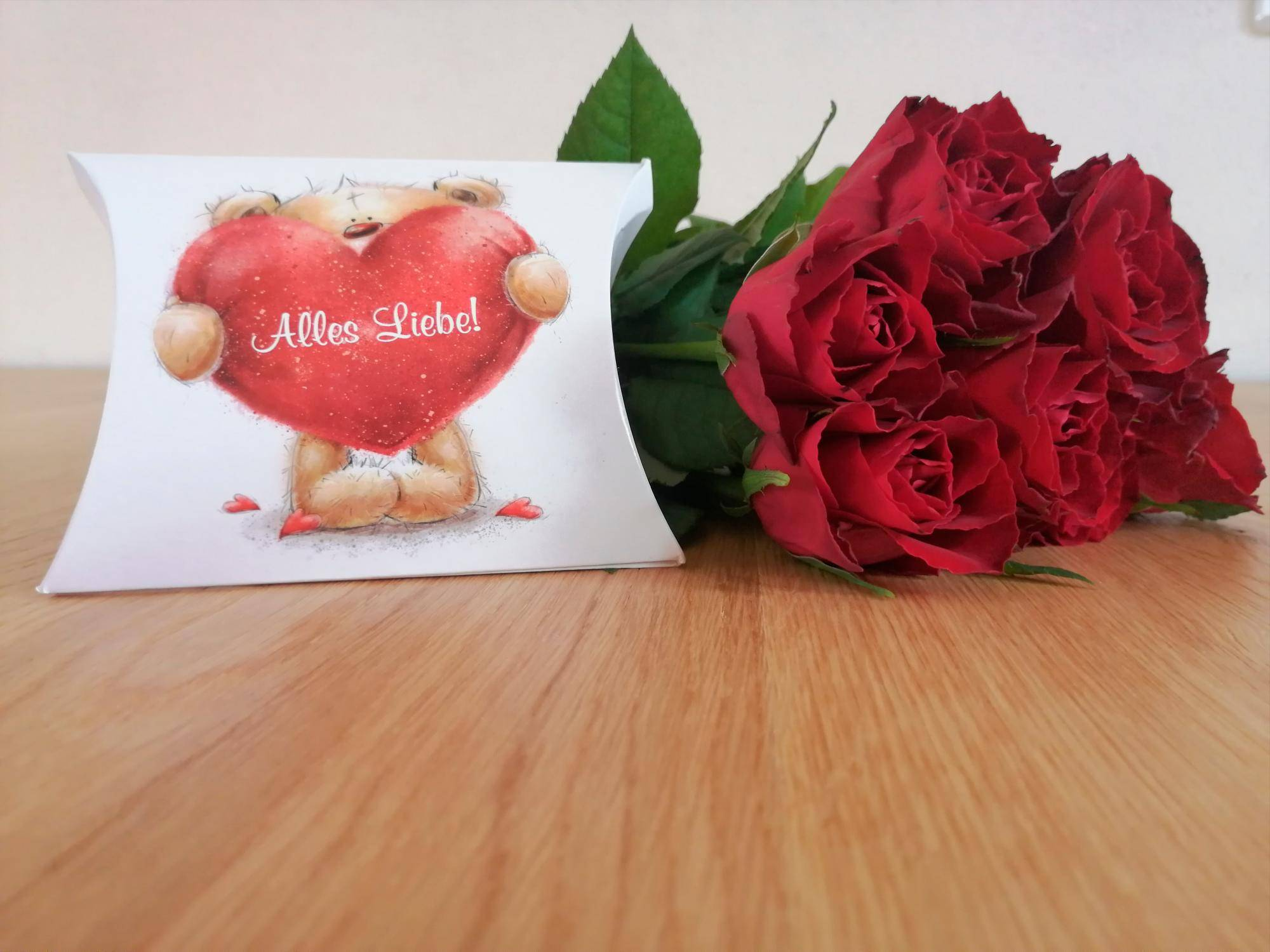 Schenkt wie viele seiner rosen freundin man Wie viele