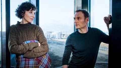 Rubin (Meret Becker) und Karow (Mark Waschke) erleben diesmal auch eine ganz eigene Geschichte. Foto: rbb/Gordon Mühle