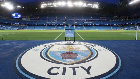 Finanztricksereien des aus Abu Dhabi alimentierten Manchester City bleiben praktisch ungesühnt. Archivfoto: dpa