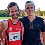 Ernteten am Ende eine persönliche Bestzeit sowie einen fünften Platz über 400 Meter: Benjamin Lückert (links) und Maximilian Rößler. Fotos: Theimer