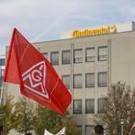 Über ein Jahr haben die Continental-Mitarbeiter für eine Zukunft in Babenhausen gekämpft. Ohne die Proteste hätte es die Einigung nicht gegeben, sagt die IG Metall.   Archivfoto: Guido Schiek