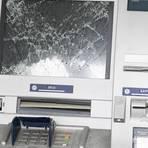 Unbekannte haben versucht, einen Automaten in Nieder-Gemünden aufzubrechen.  Symbolfoto: Arne Dedert/dpa
