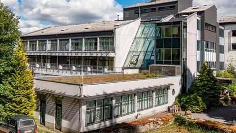 Die Helios-Klinik Oberwald hat ein großes Einzugsgebiet. Foto: Helios