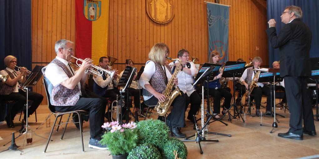 Die Spielgemeinschaft sorgte mit einem breiten Musik-Mix für beste Unterhaltung beim Nachmittagsevent. Foto: BilderKartell/Axel Schmitz