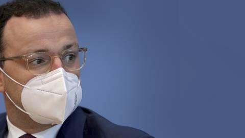 Bundesgesundheitsmanager Jens Spahn (CDU) hat jetzt einen Vorschlag zur Verbesserung der Pflegesituation in Deutschland präsentiert. Foto: Michael Sohn/POOL AP/dpa