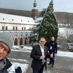 Martin Blach, Patrick Kunkel und Ingo Schon (von links) haben zu dritt den digitalen Neujahrsempfang bestritten. Foto: Stadt Eltville