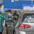 Schon am ersten Tag herrscht reger Betrieb beim Drive-in bei Ikea in Wallau. Foto: VF/Volker Dziemballa