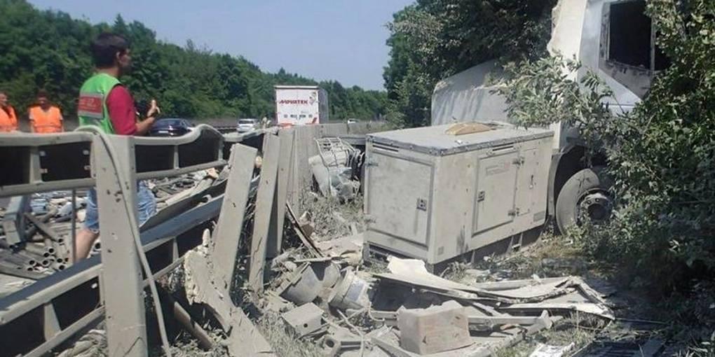 Unfall A61 Gau Bickelheim