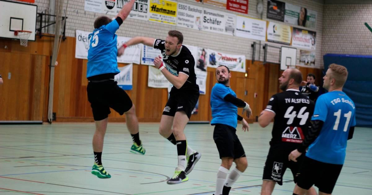 Alsfeld biegt bei Derbysieg Vier-Tore-Rückstand noch um - Lauterbacher Anzeiger