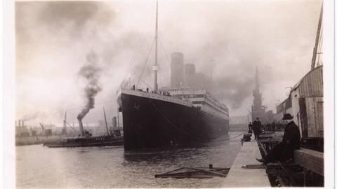 Die Titanic verlässt Southampton. Foto: Günter Bäbler