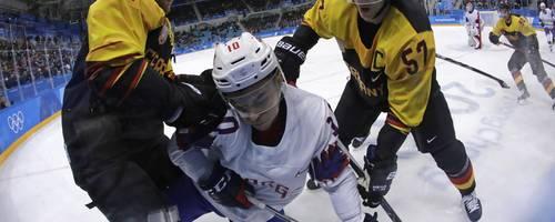 So erfolgreich - aber der Boom bleibt aus: das deutsche Eishockey.  Archivfoto: dpa