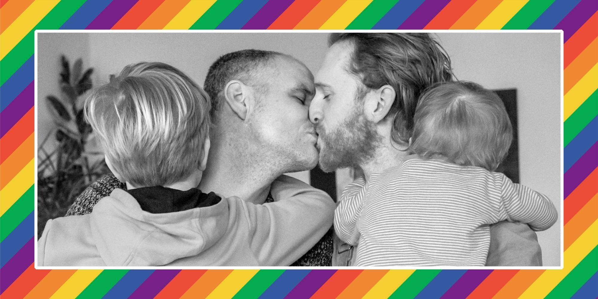 Hohe Schule Lesben Küssen