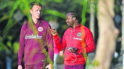 Fredi Bobic (links) und Ben Manga werden von anderen Clubs begehrt. Archivfoto: Hübner