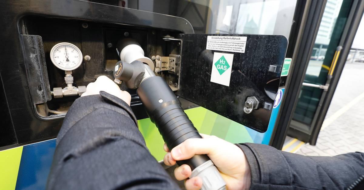 Wasserstoff statt Diesel: Brennstoffzellenbus in Wiesbaden - Allgemeine Zeitung